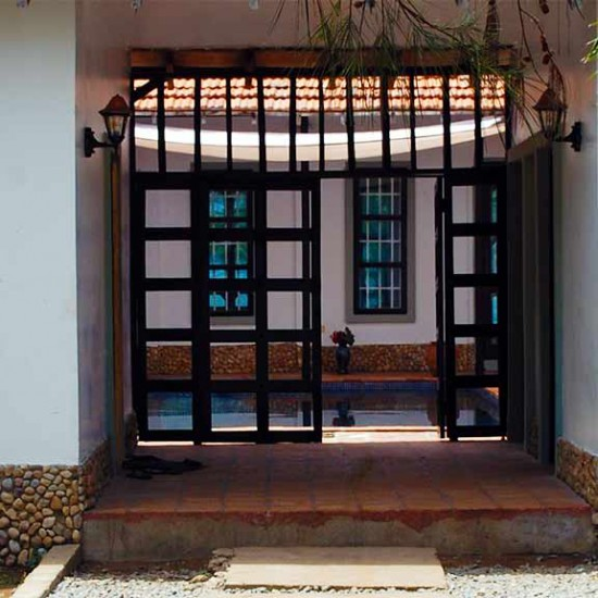 Entrance to courtyard and swimming pool