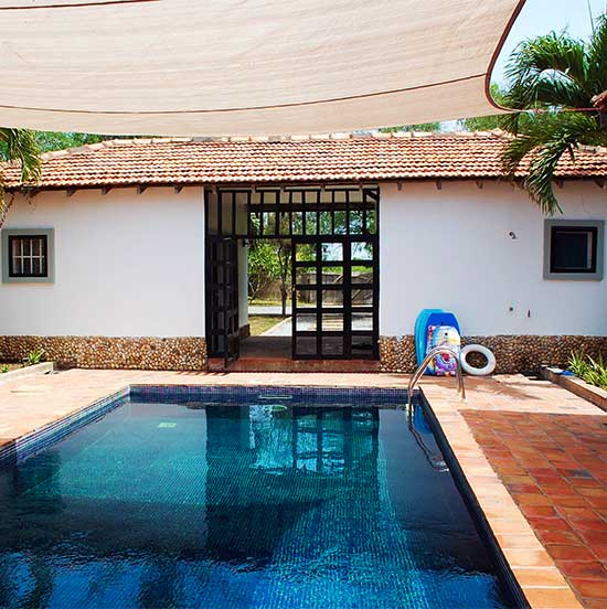 Courtyard swimming pool